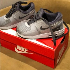 Lace up Nike Air Max zero Essential TD